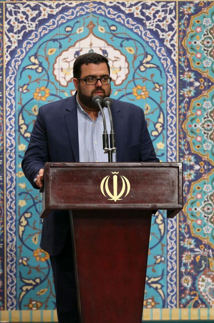 مداحی حاج حمزه علیپور از استان قم در محضر رهبر انقلاب